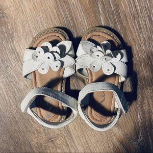 Nina White Leather Little Girls Sandals Size 6